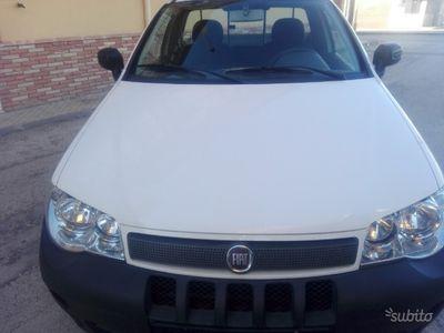 usado Fiat Strada 1.3 M.J. 85 cv tagliandi
