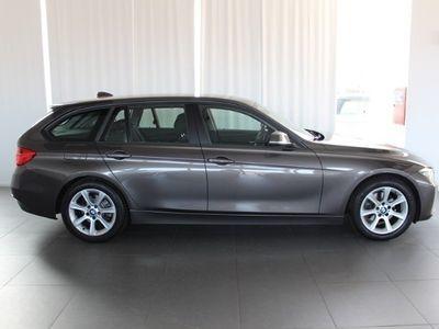 usata BMW 320 d Touring Business aut.