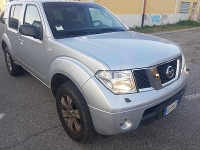 usata Nissan Pathfinder 2.5 dCi LE