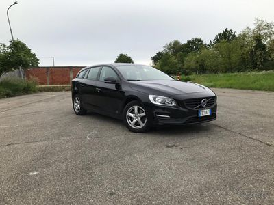begagnad Volvo V60 2000 tdi euro 6