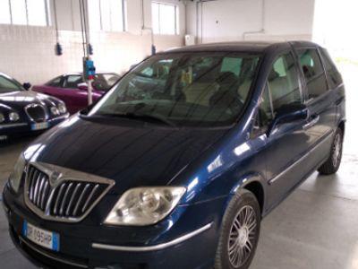 usata Lancia Phedra 2.2 diesel automatica 7 posti
