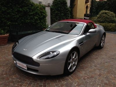 usata Aston Martin V8 Vantage Roadster sportshift pari al nuovo