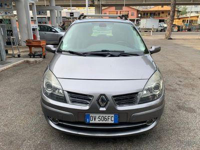 używany Renault Scénic 1.9 dCi/130CV Serie Speciale Exce