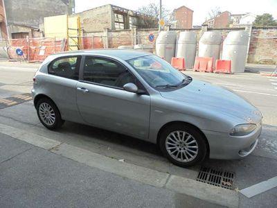 usata Alfa Romeo 147 1.9 JTD (120) 3 porte Distinctive