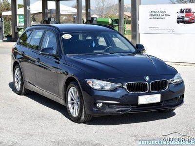 begagnad BMW 320 d xDrive Touring RESTYLING NAVI KM CERTIFICATI