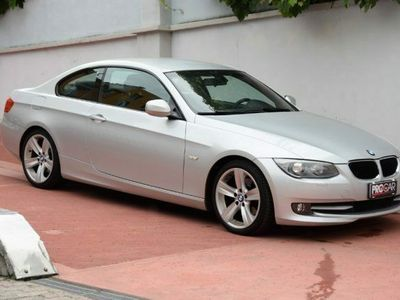usata BMW 320 d Coupé Attiva automatica