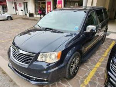 usata Chrysler Grand Voyager 2.8 CRD DPF Touring S FUL