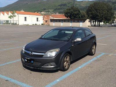 usata Opel Astra GTC 1.7 CDTI 110CV 3 porte Enjoy