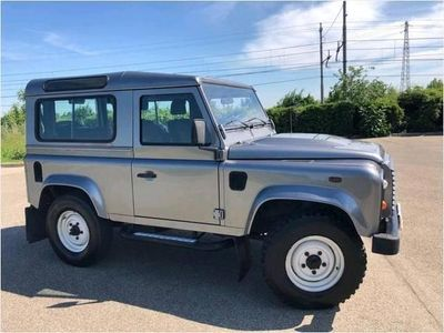 used Land Rover Defender 90 2.4 TD4 Station Wagon E usato