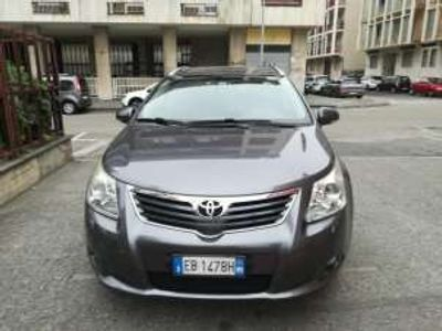 usata Toyota Avensis 2.2 D-Cat aut. Wagon Executive Diesel