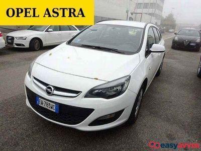 usado Opel Astra 1.6 CDTI EcoFLEX S&S Sports Tourer Elective
