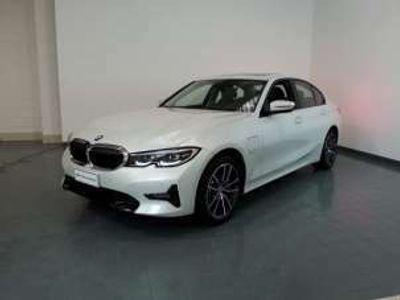 usata BMW 330e Sport