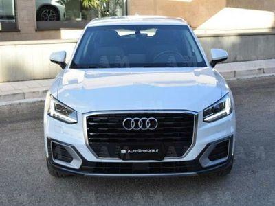 usado Audi Q2 1.6 TDI S tronic Design NAVI SENSORI FARI LED USB