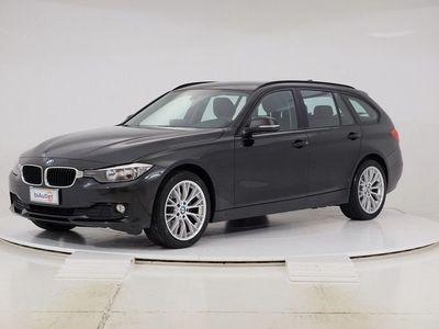 usata BMW 320 d xDrive Touring Modern