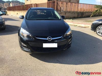 usado Opel Astra 1.6 CDTI EcoFLEX S&S Sports Tourer Cosmo
