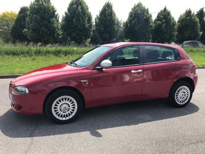 used Alfa Romeo 147 1.6 16V TS (105) 5 porte Moving*EURO4*CLIMA
