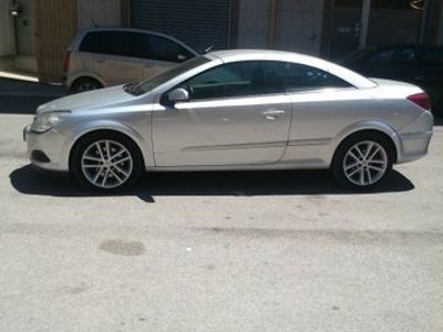 usata Opel Astra Cabriolet Twintop 1.9 diesel - 2007