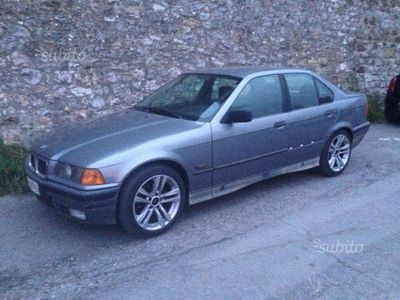 usata BMW 318 i 1992