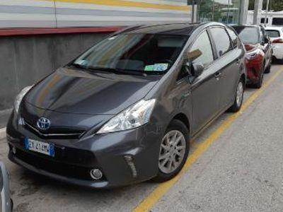 używany Toyota Prius+ ibrida 7 posti