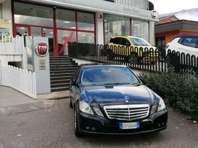 używany Mercedes E220 ClasseCDI BlueEFFICIENCY Avantgarde del 2010 usata a Potenza