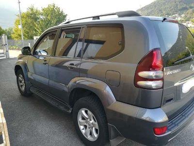 używany Toyota Land Cruiser 3.0 D-4D 16V cat 5 porte aut. Wagon