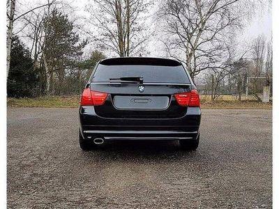 usata BMW 320 Serie 3 Touring d cat Attiva del 2012 usata a Cagli