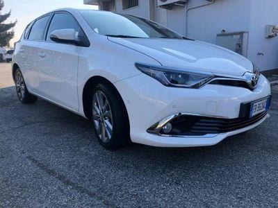 usata Toyota Auris 1.6 D-4D Lounge