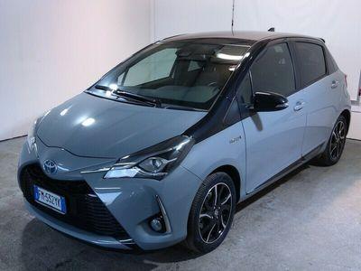 usata Toyota Yaris Hybrid 1.5 Hybrid Trend Grey Edition 5p.