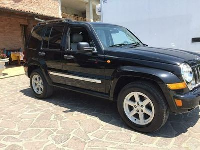 begagnad Jeep Cherokee 2.8 CRD Limited