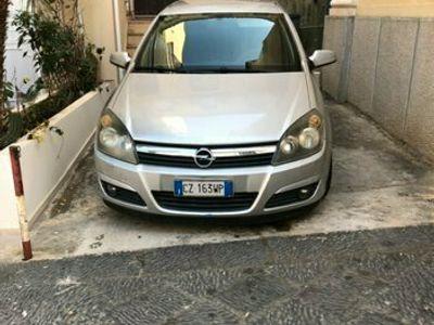 usata Opel Astra 1.7 Cdti 101 cv cosmo