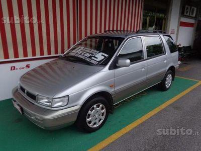 usado Hyundai Santamo 2.0i 16V cat 7 posti Comfort