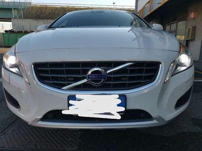 usata Volvo V60 D5 Geartronic Momentum