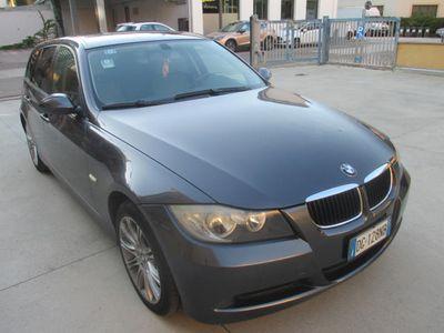 usata BMW 320 Serie 3 cat Touring Eletta CAMBIO AUTOMATICO