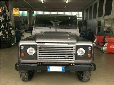 "usata Land Rover Defender 90 2.2 TD4 Station Wagon N1 ""S"" IVA ESP"