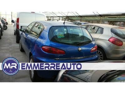 gebraucht Alfa Romeo 147 1.9 JTD 115 5 porte Distinctive