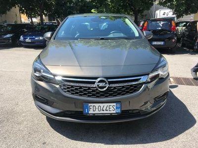 używany Opel Astra 1.0 Turbo ecoFLEX Start. pochi km