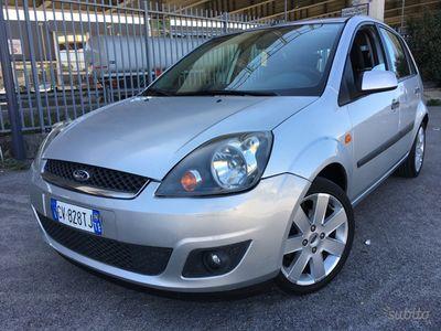 brugt Ford Fiesta Titanium 1.4 TDCI Full uniproprietario