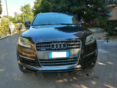 usata Audi Q7 3.0 V6 TDI 240 CV quattro tiptronic A. S-LINE