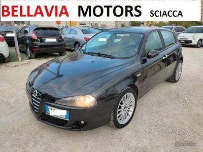 usata Alfa Romeo 147 1.9 JTD 5p DISTINCTIVE
