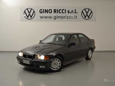 usata BMW 318 Serie 3 i cat 4 porte del 1993 usata a Cesena