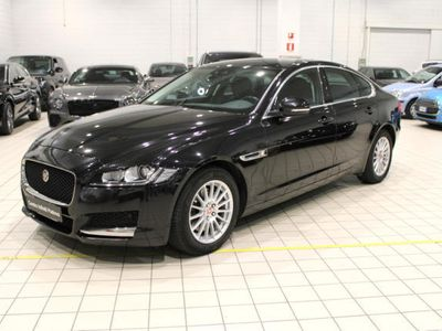 usata Jaguar XF 2.0 D 180 CV AWD aut. Pure Business
