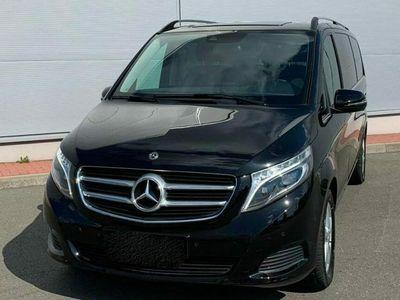 usata Mercedes V250 250 Mercees-BenzAvantgarde extra lunga 8 posti
