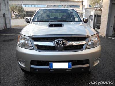 usata Toyota HiLux 3.0 D-4D 4WD Double Cab SR
