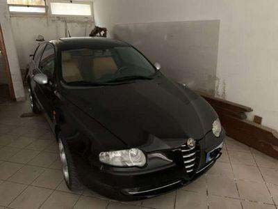 usata Alfa Romeo 147 2.0i 16V Twin Spark cat 3p. Distinctive