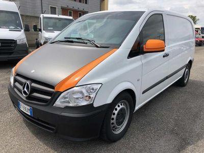 used Mercedes Vito 2.2 113 CDI 4x4 TN Mixto Vetrato Compact del 2015 usata a Novara