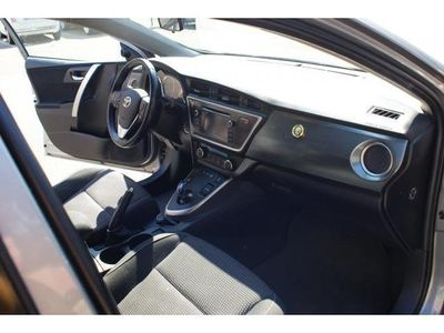 usata Toyota Auris TS 1.8 Hybrid Active