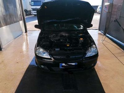 usata Opel Corsa 1.2i 16V cat 3 porte Enjoy