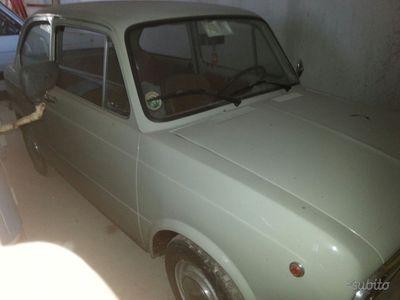 begagnad Fiat 850 berlina
