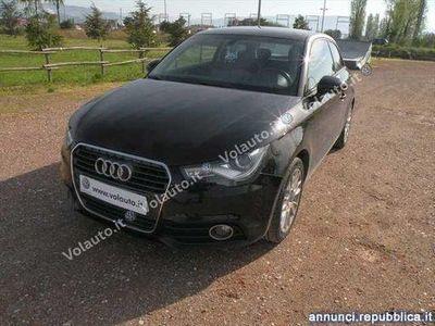 usado Audi A1 A1 I1.6 tdi Attraction 105cv