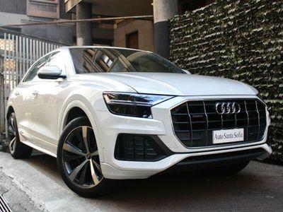 usata Audi Q8 50 TDI 286 CV Hybrid-IVA esposta-pari al nuovo